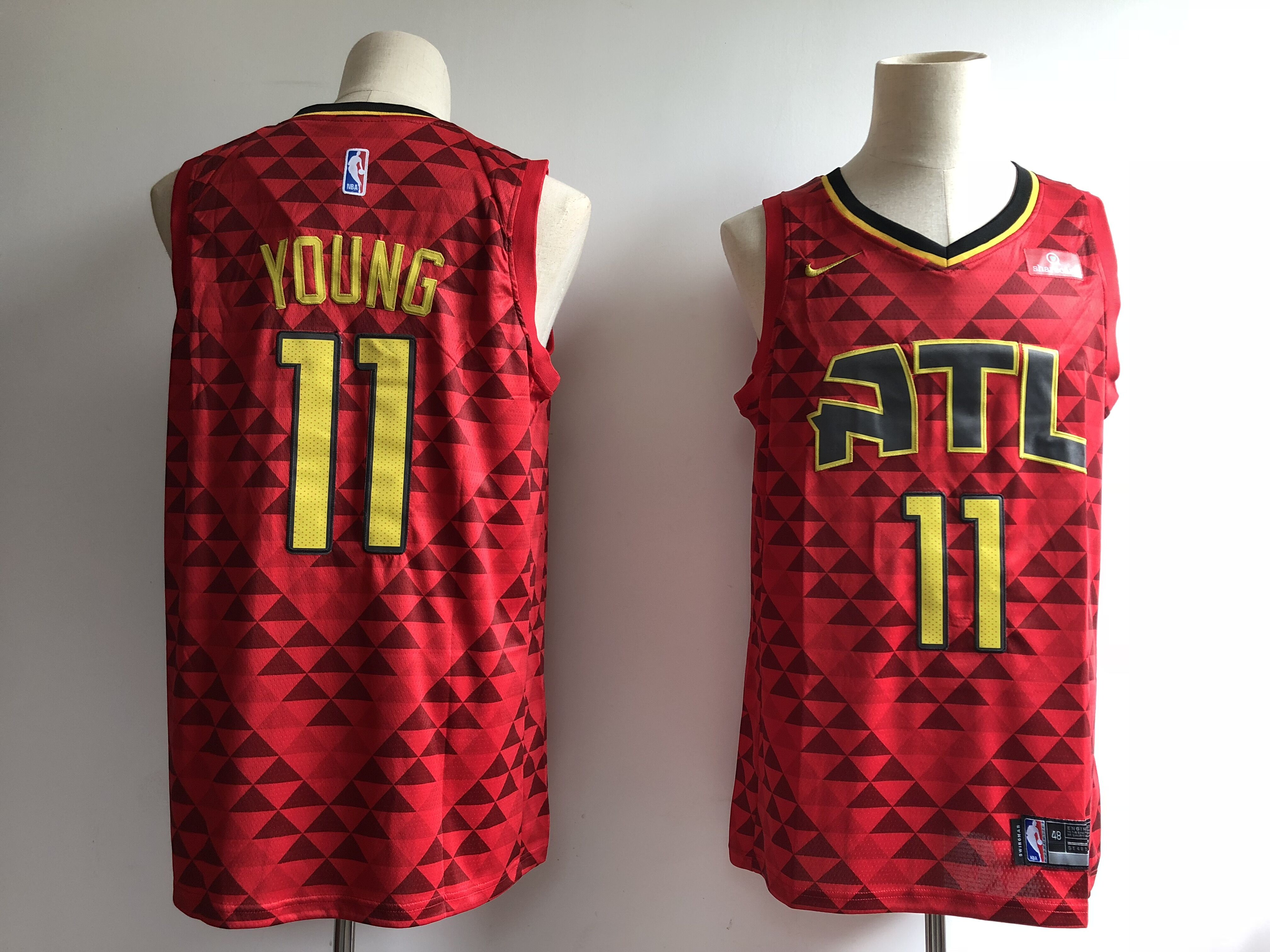 Men's Atlanta Hawks #11 Trae Young Red Swingman Stitched NBA Jersey