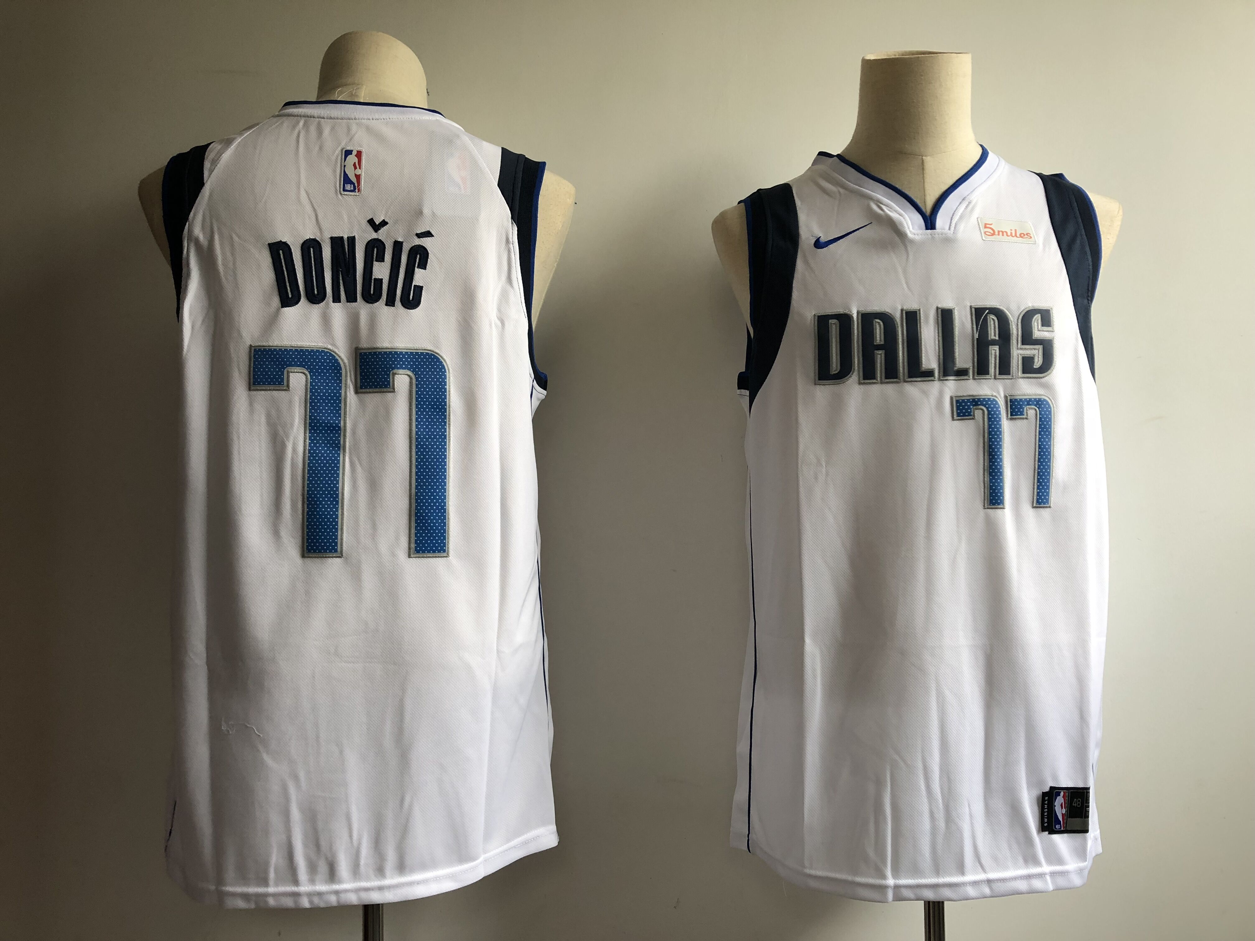 ed84c677b383 Men s Dallas Mavericks  77 Luka Doncic White Swingman Stitched NBA Jersey