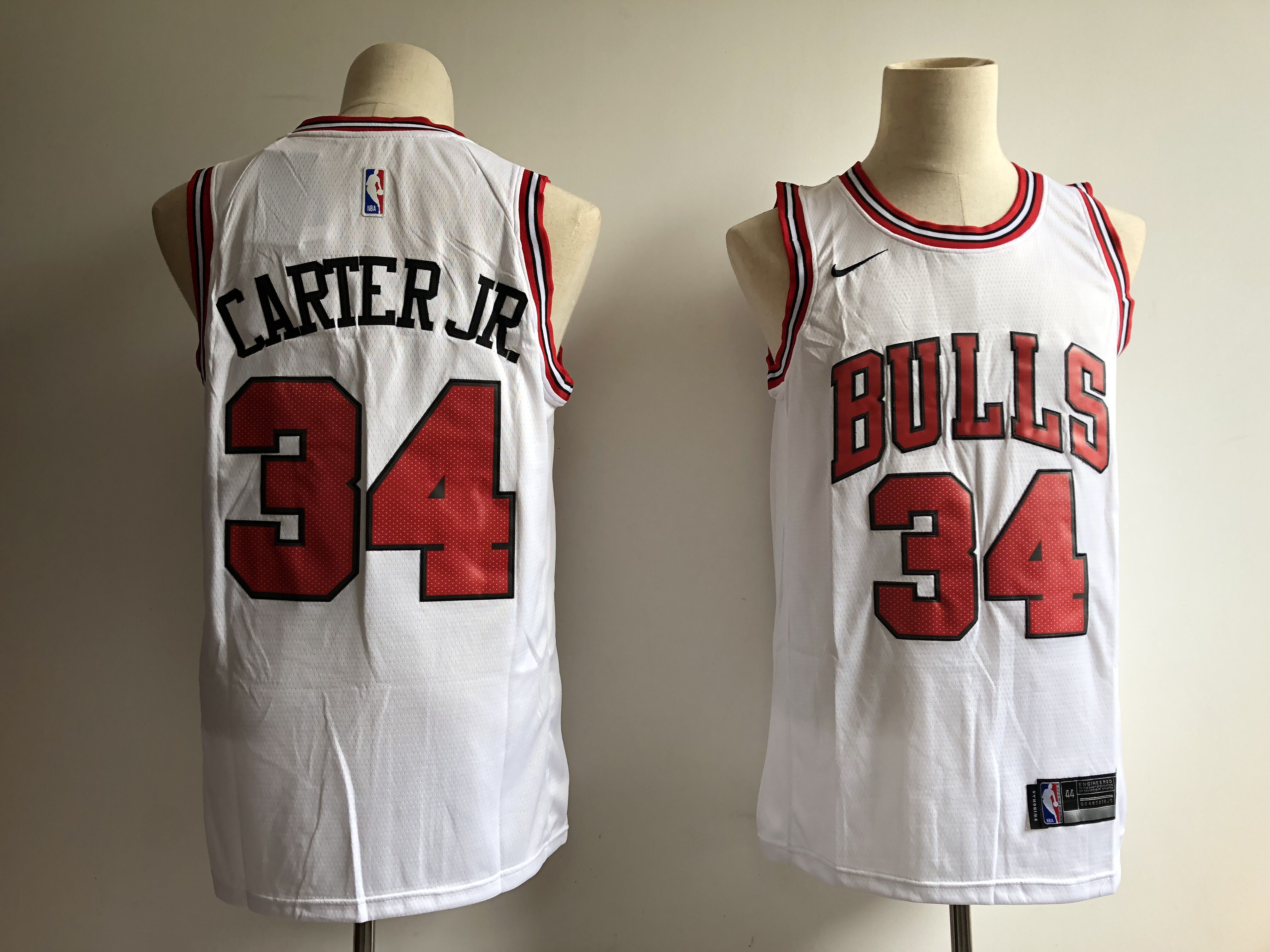 Men's Chicago Bulls #34 Wendell Carter Jr. White Swingman Stitched NBA Jersey
