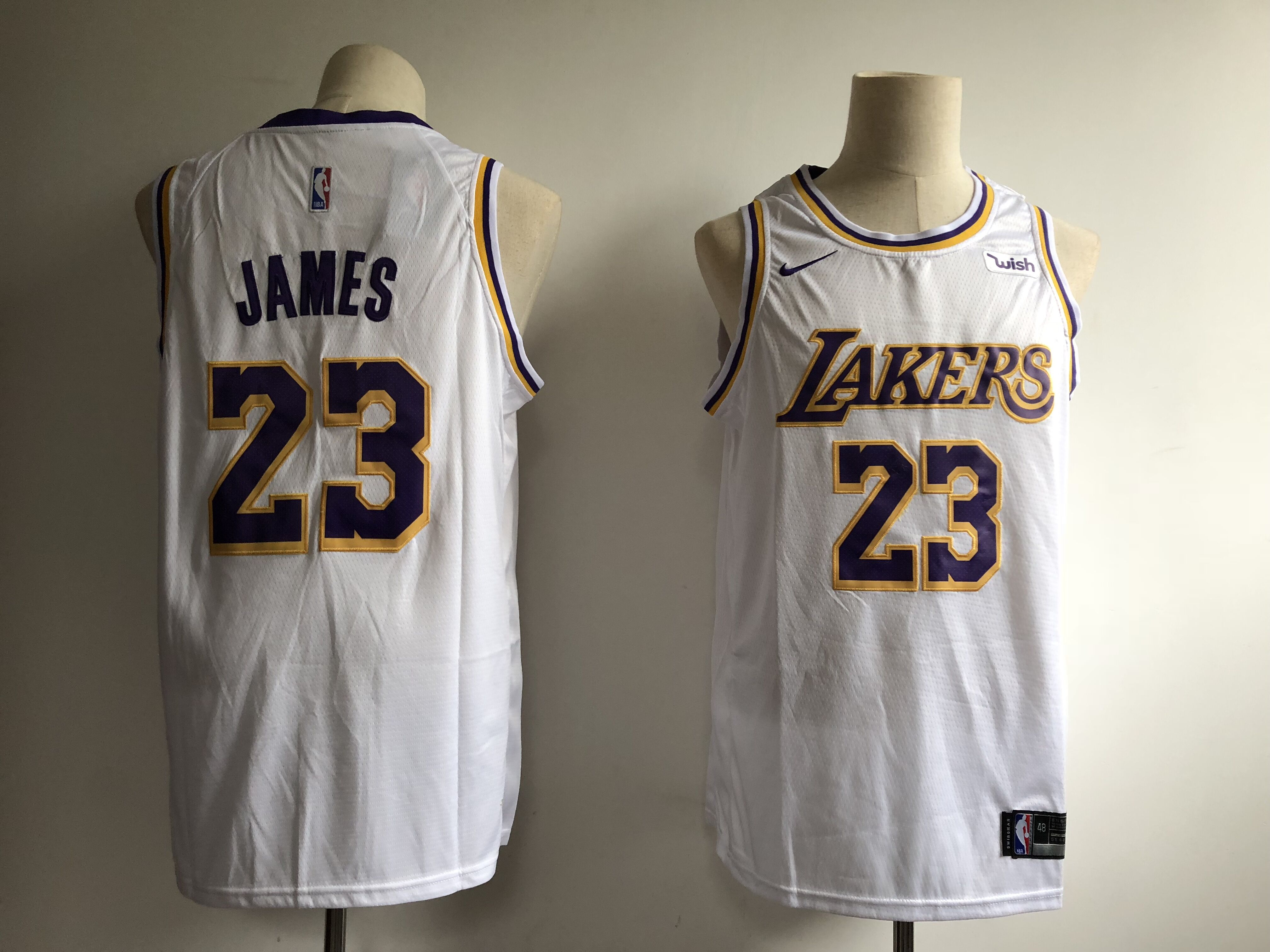 Men's Los Angeles Lakers #23 LeBron James White 2018/19 Association Edition Swingman Stitched NBA Jersey