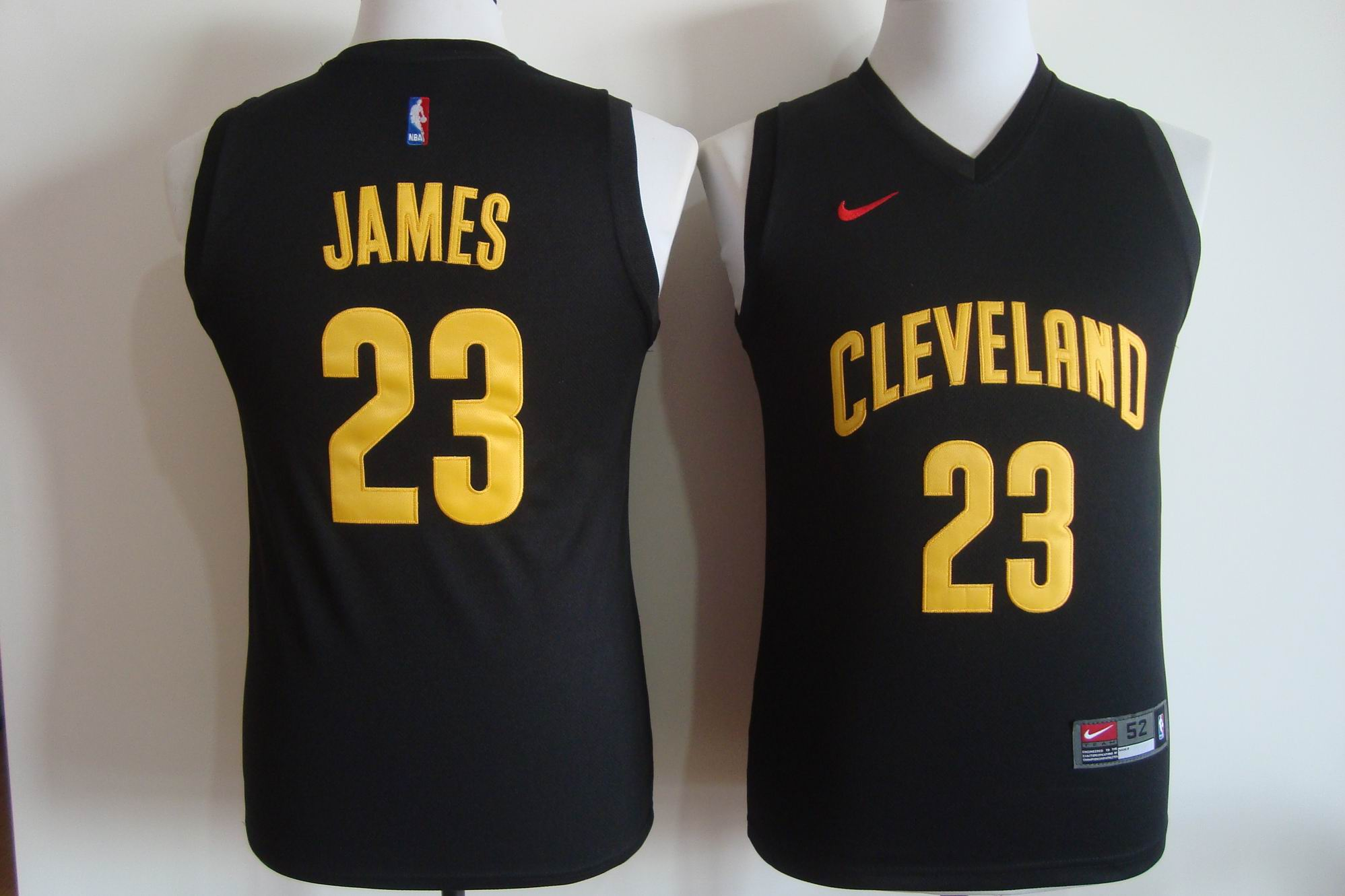 Men's Nike Cleveland Cavaliers #23 LeBron James Black Fashion Stitched NBA Jersey