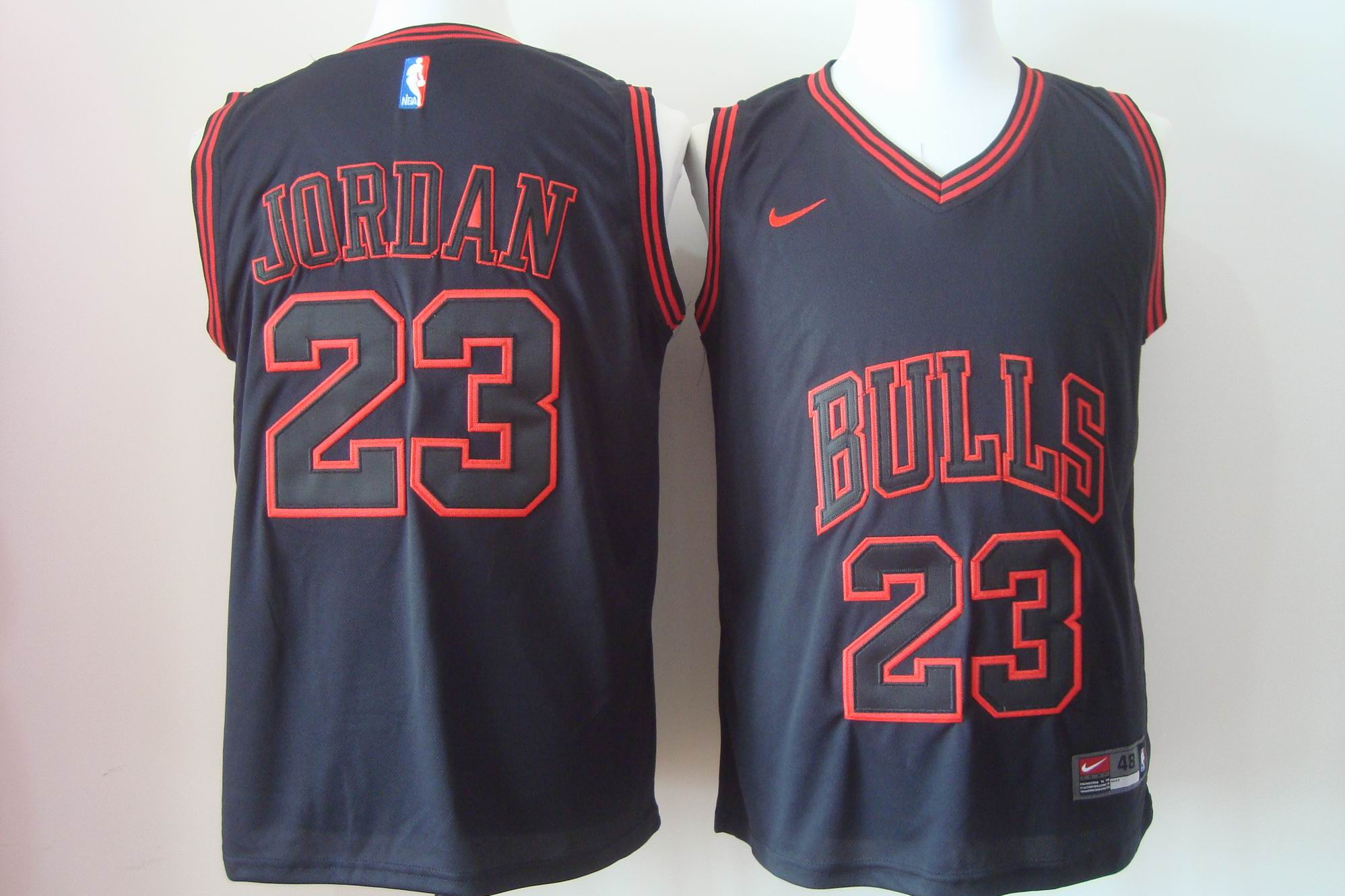Men's Nike Chicago Bulls #23 Michael Jordan 2017 Black Bulls Fashion Stitched NBA Jersey