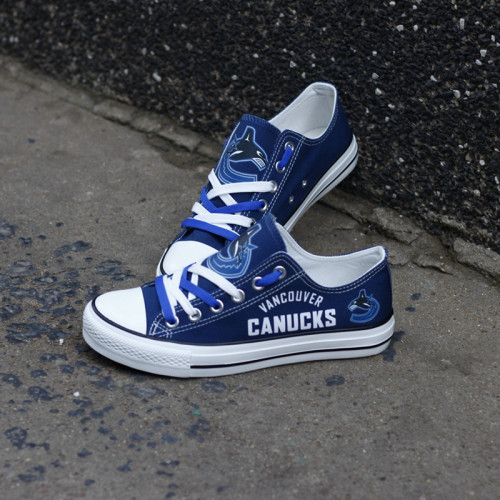 Women And Youth NHL Vancouver Canucks Repeat Print Low Top Sneakers