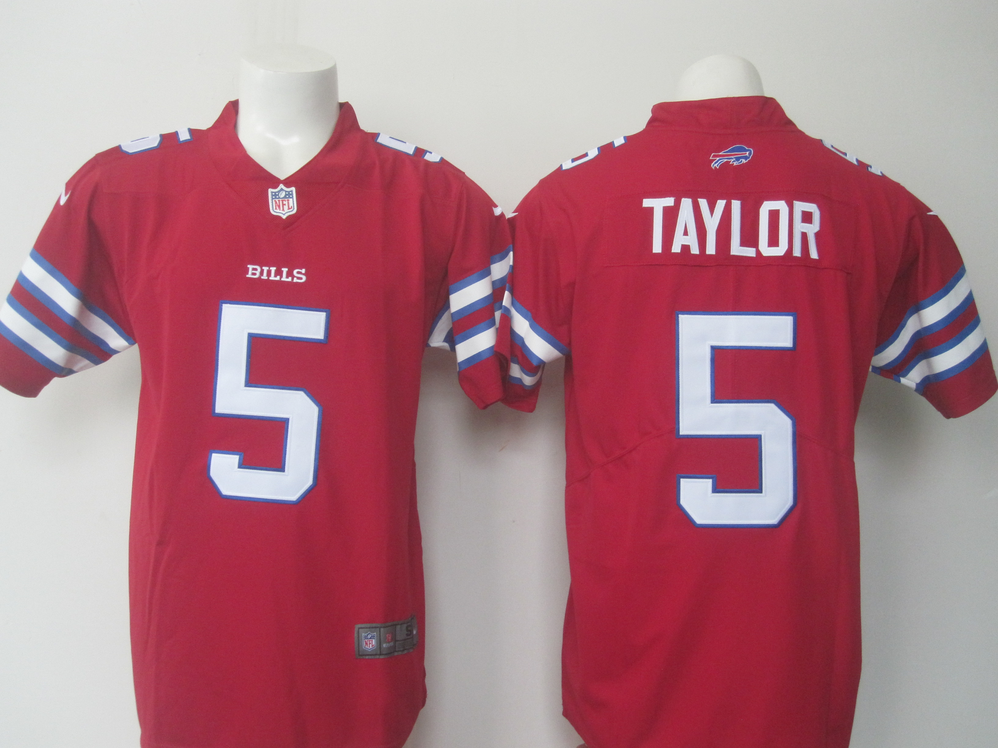 Men's Nike Bills #5 Tyrod Taylor Red Limited Rush Stitched NFL Jersey