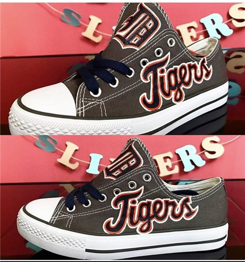 Women and Youth MLB Detroit Tigers Repeat Print Low Top Sneakers 006