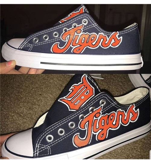 Women and Youth MLB Detroit Tigers Repeat Print Low Top Sneakers 007